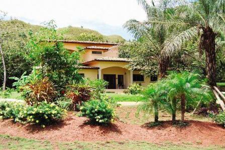 Boca Chica Home -- full view of Casa Oro